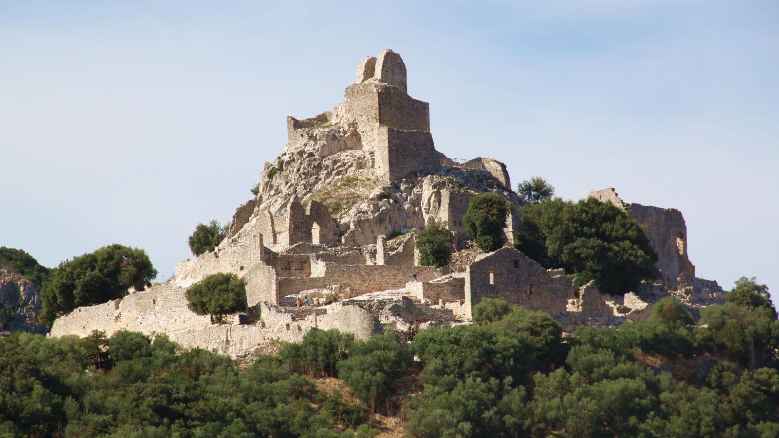 Campiglia Marittima: Rocca di San Silvestro - LepoRello (Wikipedia)